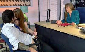 Seksi Milf z młodą seksowną laską - Darla Crane, Gwen Stark