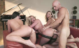 Seks Filmy Dla Kobiet - Angela White, Kagney Linn Karter, Phoenix Marie