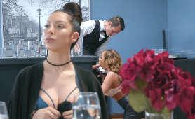 Darmowe Porno Mamuśki - Richelle Ryan